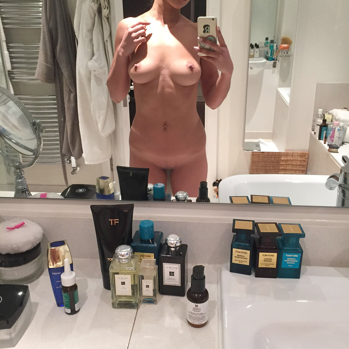 Roxie Nafousi Nude Photos Leaked The Fappening