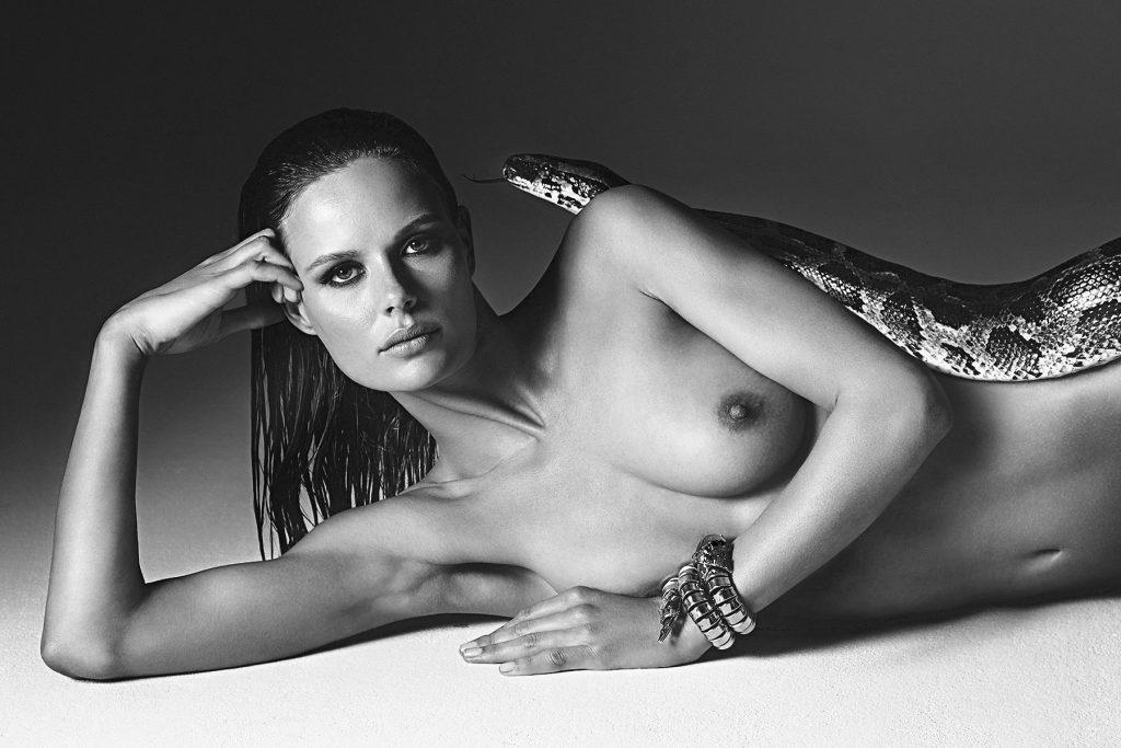 Marlijn Hoek Nude (5 Photos)