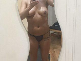 """Emmerdale"" star Isabel Hodgins Nude Photos Leaked"
