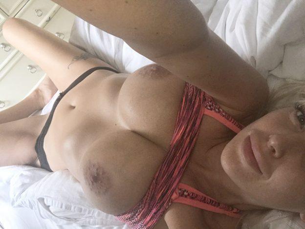 Glamour Model Lucie Brooks Naked