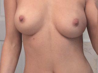 Model Joanna Krupa Nude Photos Leaked