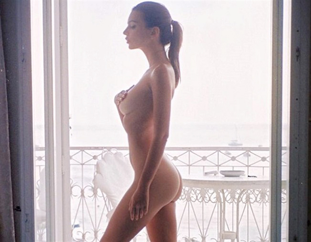 Emily Ratajkowski pussy photos and nude selfies leaked The Fappening 2019